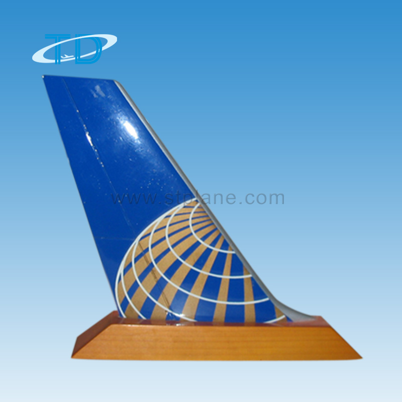 Aircraft model tail